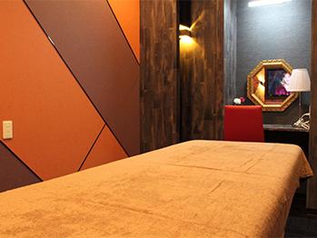 C3シースリー松山店の個室
