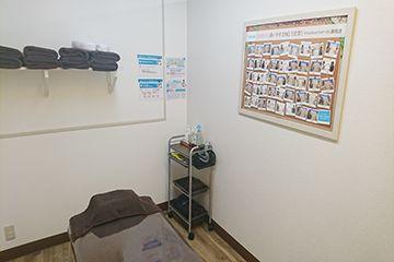キレイモ(KIREIMO)烏丸駅前店の個室